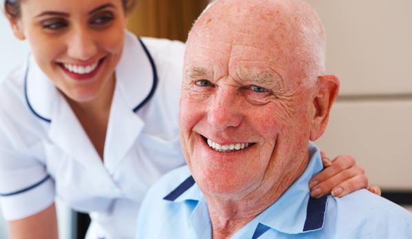 Método Lee Silverman auxilia portadores da doença de  Parkinson na reabilitação da fala e deglutição